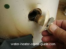 remove drain valve on water heater