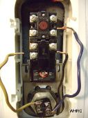 replacing a hot water heater thermostat